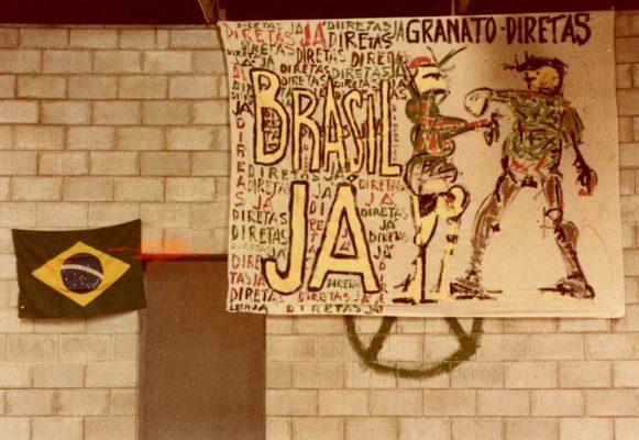 Ivald Granato y León Ferrari Diretas Ja! [Derechos Ya!][Acciones contra la dictadura brasileña] 25 de febrero de 1984 Fotografía: Loris Machado